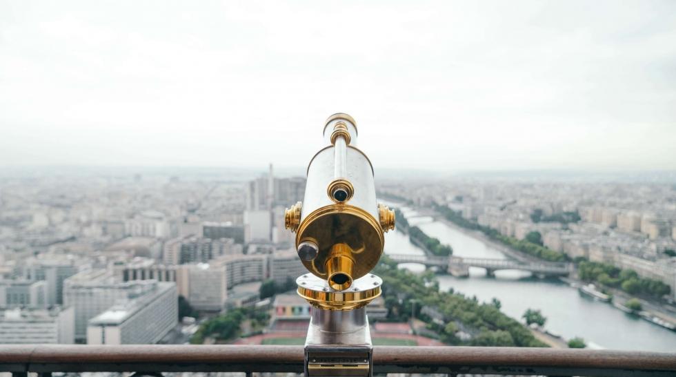 aiguille en fête - venir au parc des expositions - Paris - longue vue - jumelles - télescope