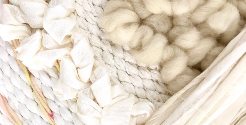 Julie Robert est designer textile spécialisée dans le tissage contemporain Aiguille en fête 2018