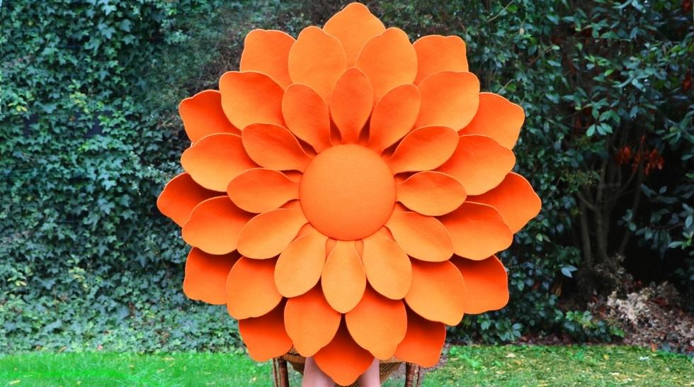 Découvrez les sculptures murales florales d'Emmanuelle M